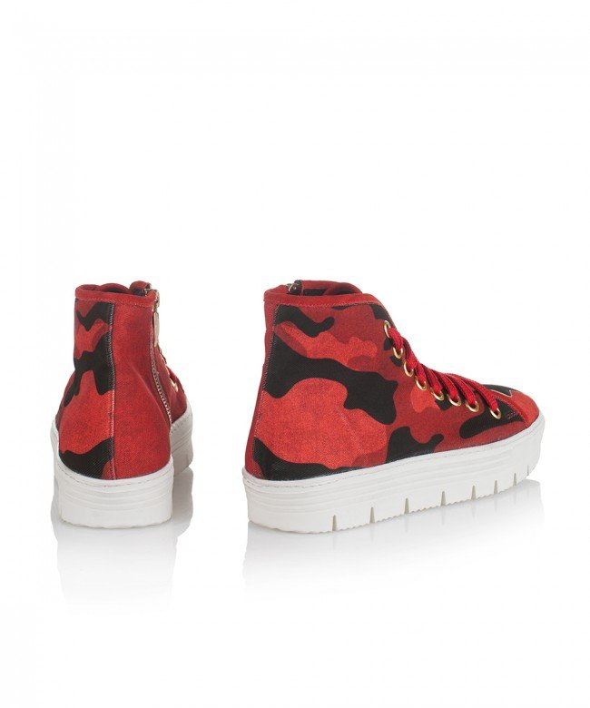 'Army Red' sneakers