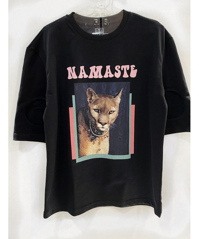 'NAMASTE' black t-shirt