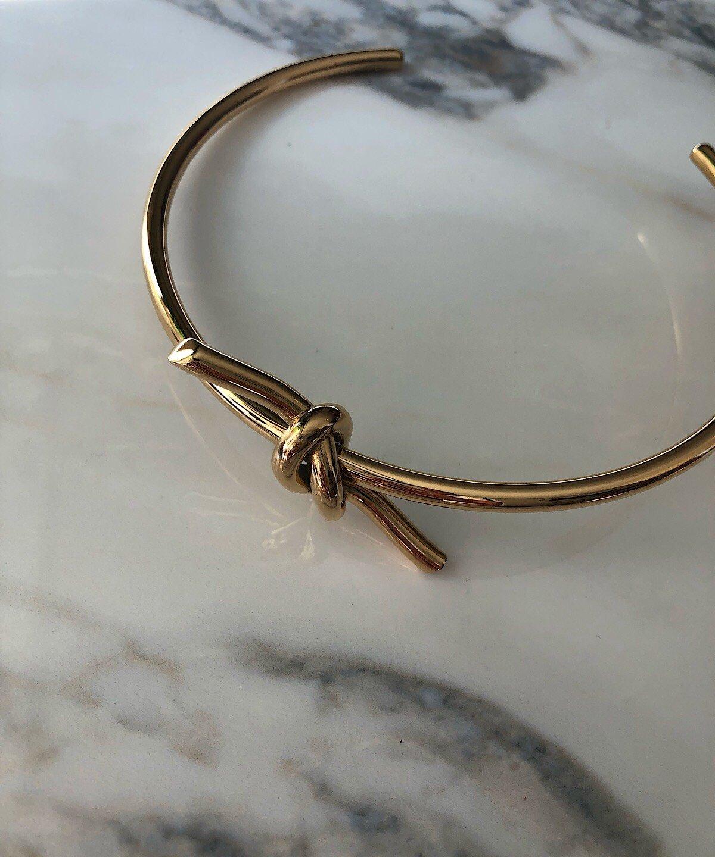 'Almara' gold choker
